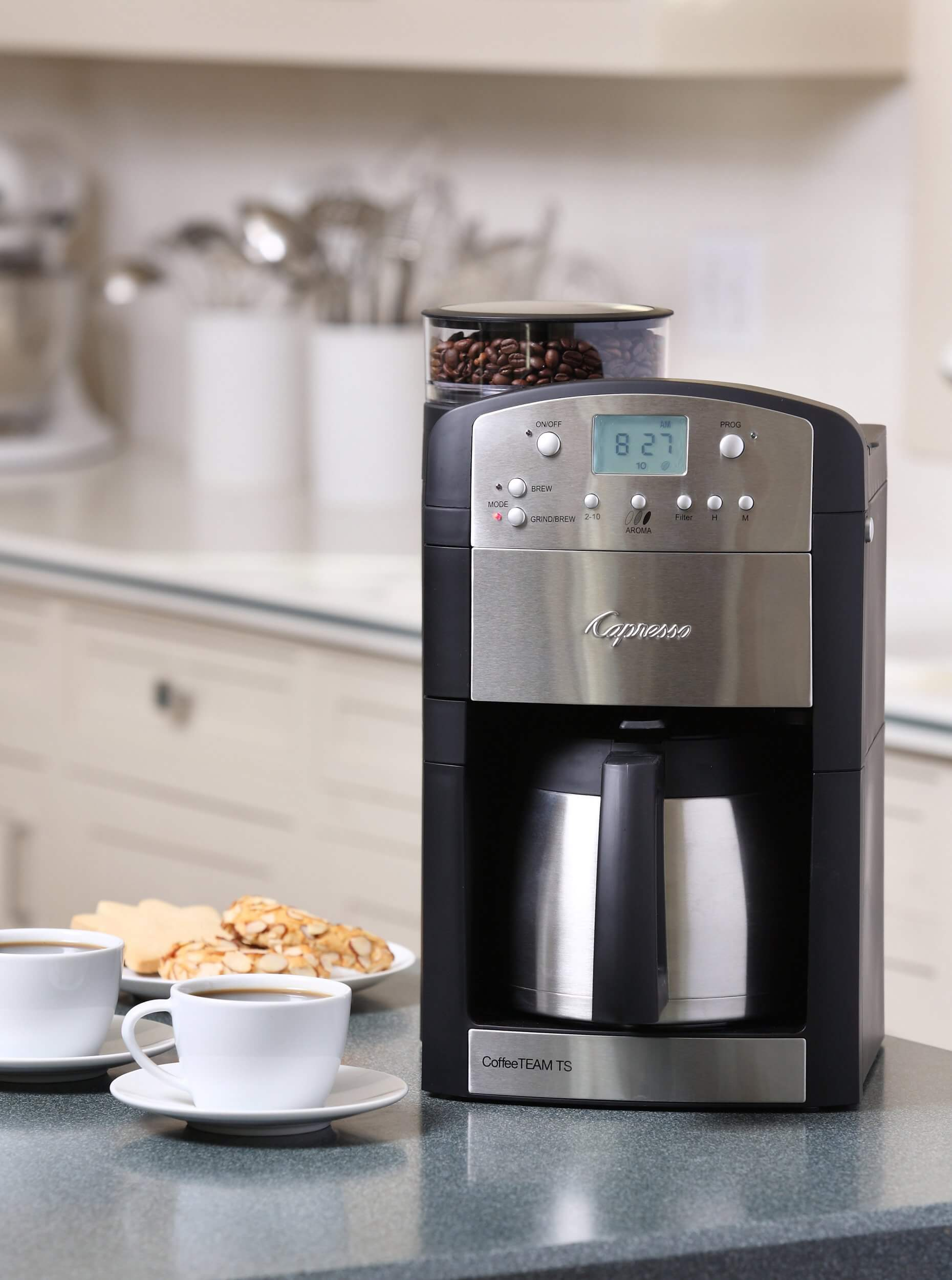 Capresso 465 Coffee Team Digital Coffeemaker with Grinder, best coffee makers, coffee maker with grinder, coffee pots