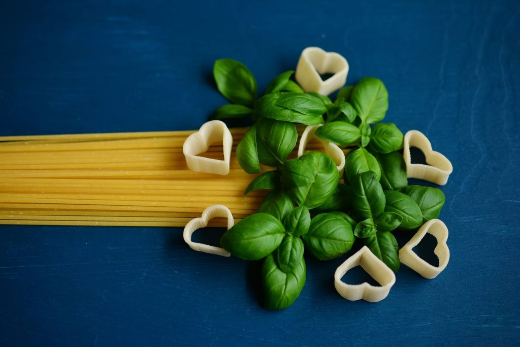 Basil, Benefits of Thyme and It's Substitutes in 2020 for Delicious Cooking