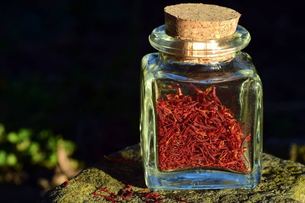 What is Saffron and Perfect Substitute for Saffron. saffron flavor. saffron color. what is saffron good for. saffron taste substitution. best saffron. saffron flavoring. cooking with saffron. what is saffron. what is saffron used for. what does saffron taste like. what color is saffron. how to use saffron threads