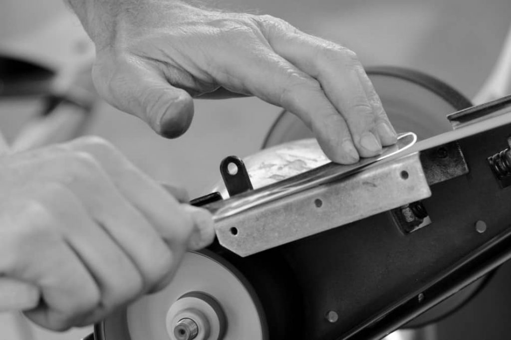how to sharpen meat slicer?, how often to sharpen deli slicer blade, how to sharpen meat slicer blade, how to sharpen a meat slicer blade by hand