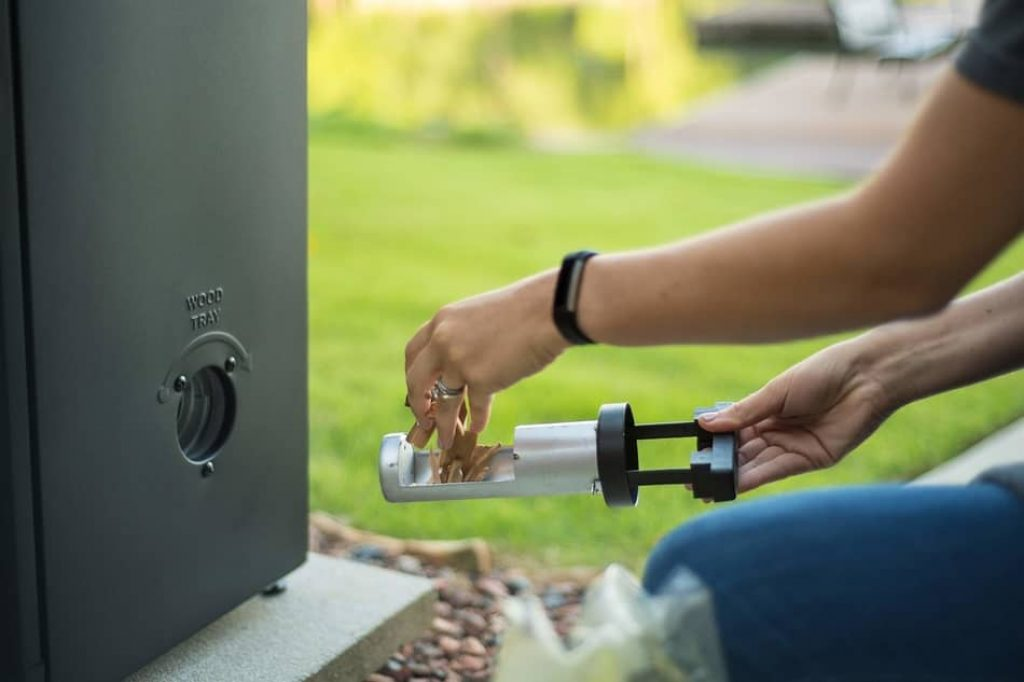 How to Insert Wood Chips to the electric smoker