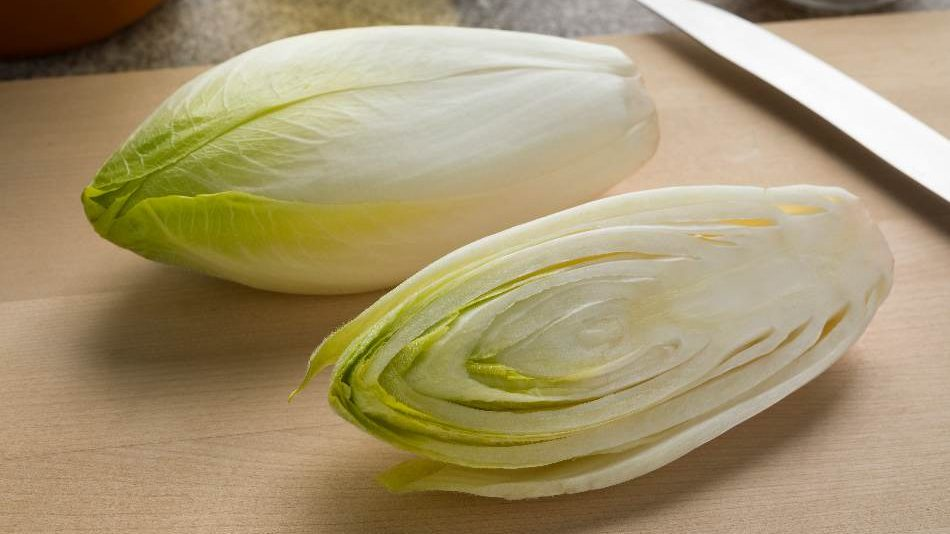 Endive, how much dried parsley for fresh, what to use instead of parsley, what can i substitute for parsley, what can i use instead of parsley, what is parsley used for, what is a good substitute for parsley
