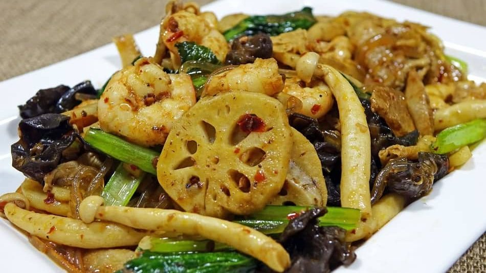 Asian mushrooms is one of the best Types of Mushrooms in 2021 for any mushroom recipe and best substitute for mushrooms 2021